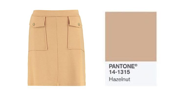Beiga kläder passar till allt och är en trendfärg som aldrig blir omodern. Kjol, <a href='https://www.zalando.se/anna-field-a-linjekjol-camel-an621ba0t-b11.html'>Anna Field</a> ca 250 kronor.