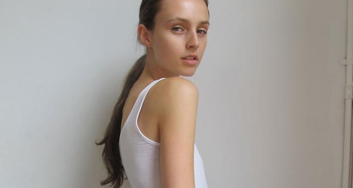 Maddie Kulicka öppnade Dries Van Notens visning och syntes även på catwalken för Dior och Yves Saint Lauren.