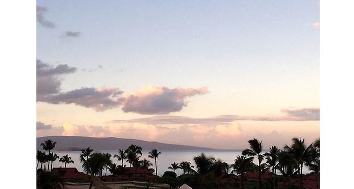 När Kim fyllde år i Oktober fick hon en överraskning resa till Hawaii och......