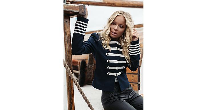 Victoria Törnegren – Skepparkavaj är ett måste i garderoben i höst.
