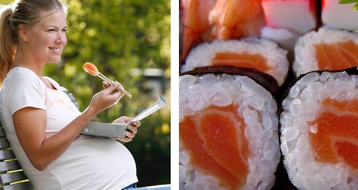 En bild på en gravid kvinna som äter rå lax. En bild på sushi med lax.