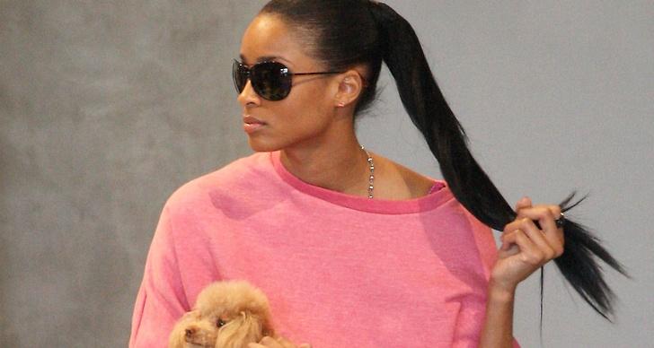 Sångerskan Ciara har hakat på trenden..