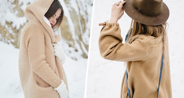 Tjej med vinterkläder i snö, tjej me kappa och hatt