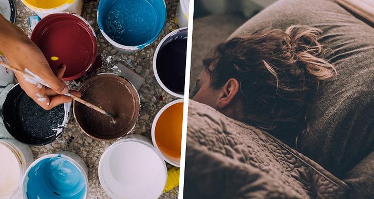 Till vänster burkar med målarfärg, till höger en person som ligger och sover