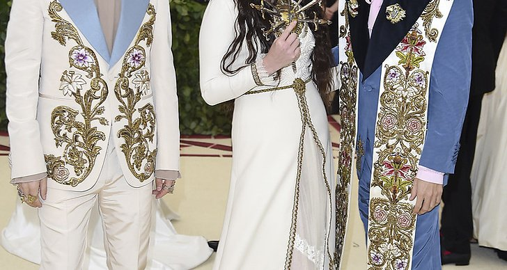 Alessandro Michele, from left, Lana Del Rey and Jared Leto Met Gala 2018 Foto: Evan Agostini/Invision/AP