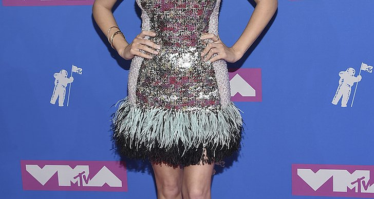 Anna Kendrick på Video Music Awards röda matta.