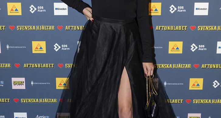 Amanda Winberg på röda mattan under Svenska Hjältar galan 2018.