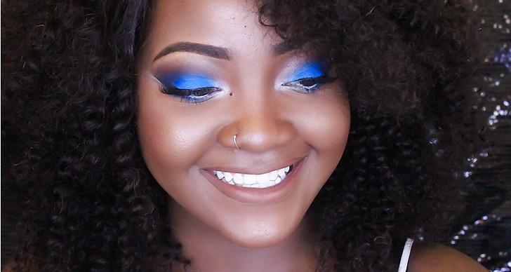 Uwani Aliyu är en riktig pingla i en stark blå sotning!