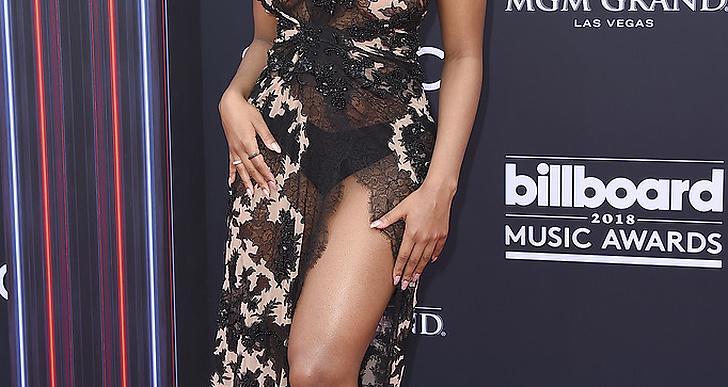 Normani på röda mattan under Billboard Music Award 2018.