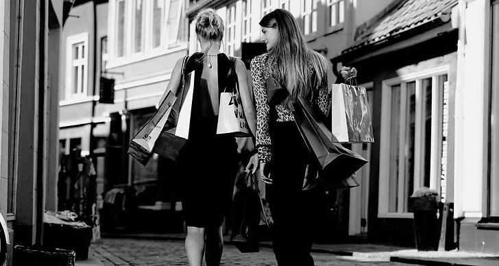 Passa på att shoppa online idag, Black friday är USA:s största rea och shopping-dag!