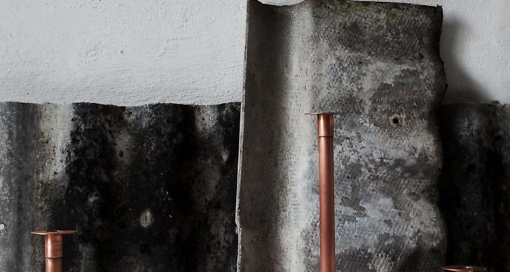 Ljusstake i borstad koppar designad av Daniella Witte. Finns att köpa i hennes butik Inreda Utreda.