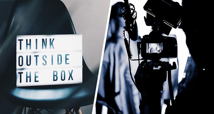 En box som står på en stol, en kamera