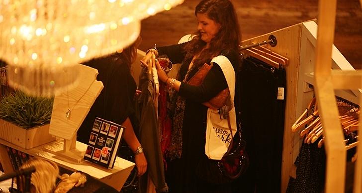 Jasmins djupdykning bland klädstängerna har gett resultat, och ännu fler stylingdelar är utvalda.