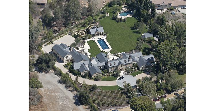 4. Området där Kim och Kanye West bor, Bel Air, är Los Angeles mest förmögna räknat efter per capita-inkomst. På bilden ses parets hus.