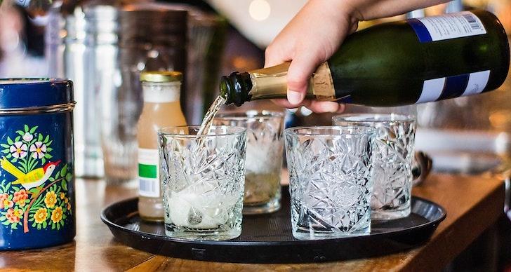 Brukar du hålla dig från att kissa när du dricker alkohol?