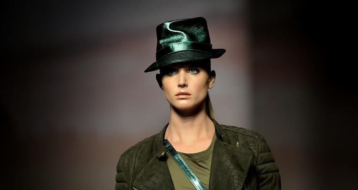 Hattar och metallic